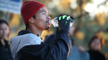 manny pacquiao drinking water for insure 4 sport nutrition plans feature